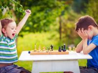 Онлайн-клуб для родителей «Учимся вместе». Статья «Как научить малыша справляться с неудачами?»